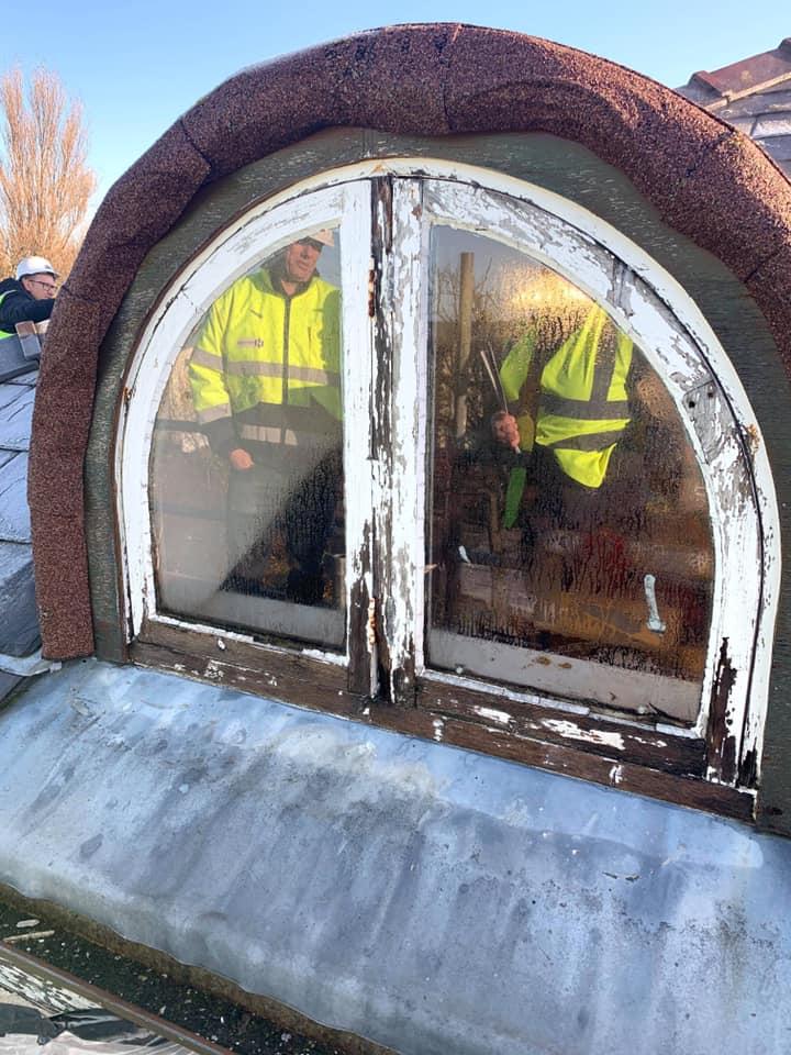 Sash window renovation Liverpool before